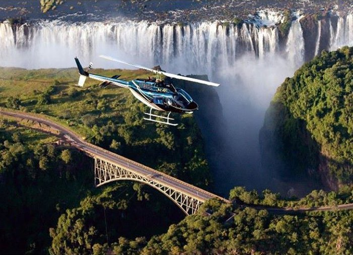 Helikopter over Victoria Falls